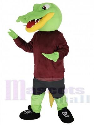 Cocodrilo verde Traje de la mascota en camisa granate Animal