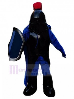 Caballero coracero con traje de mascota de armadura negra Personas